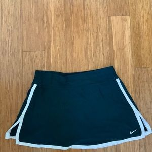 Nike fit dry size M tennis skirt blue